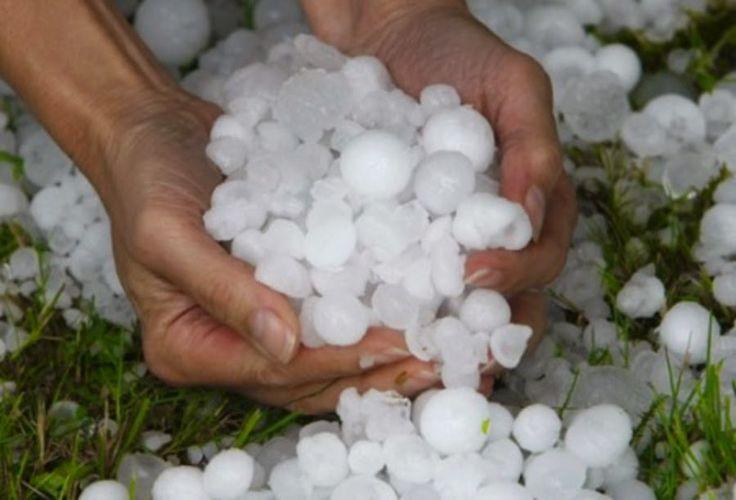 """JEZUS en MARIA Groep.: BIZARRE :KLIMAATSOMSTANDIGHEDEN: 7&8 juni 2014:""""hagelstorm"""" treft Vlaanderen (Belgie)met enorme ravage als gevolg..."""