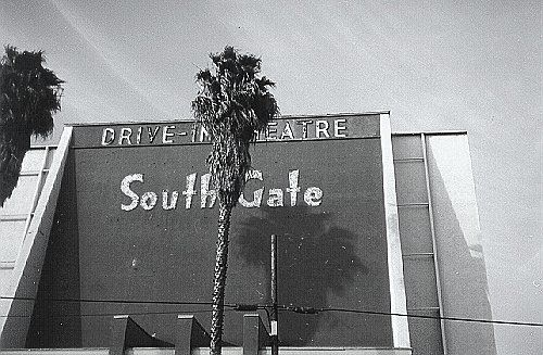 South Gate Drive In. South Gate, California. Picture courtesy of ozfan22 on flickr