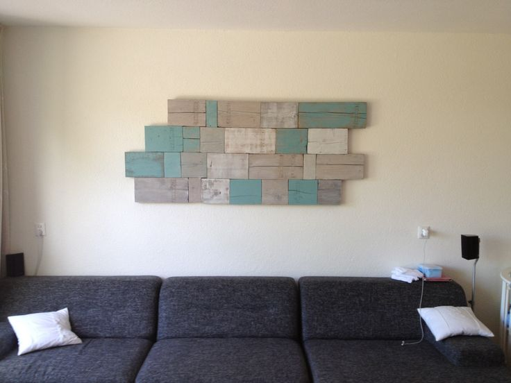 Muurdecoratie gemaakt van resthout steigerhout verf en houtzeep idee n voor het huis - Donkergrijze verf ...