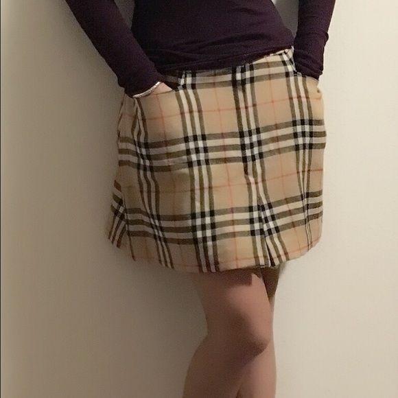 Burberry skirt,worn one time,still good condition Burberry skirt,good condition,size small fits for medium Burberry Skirts Mini