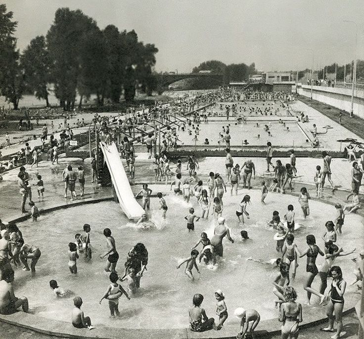 Swimming pools in Warsaw