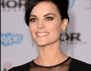 Jaimie Alexander is already Wonder Woman at the Thor Premiere
