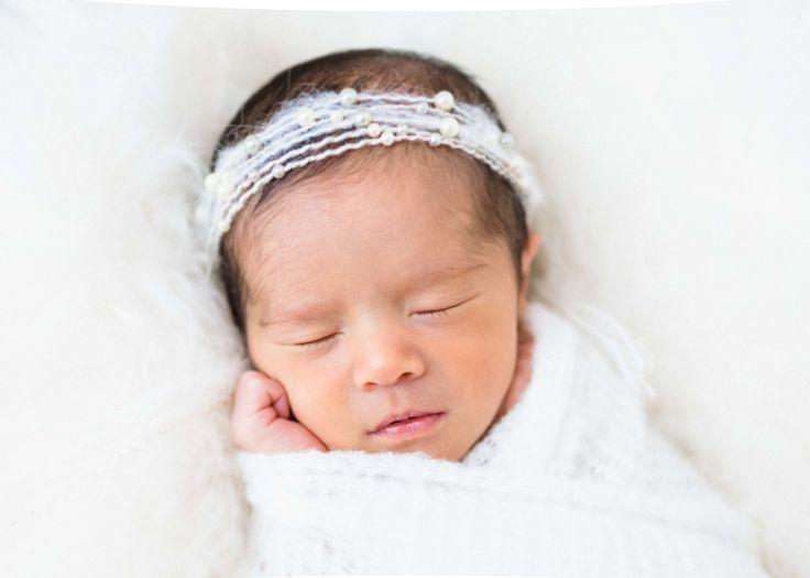Twin newborn photography session caroline wilhite photography memphis tn