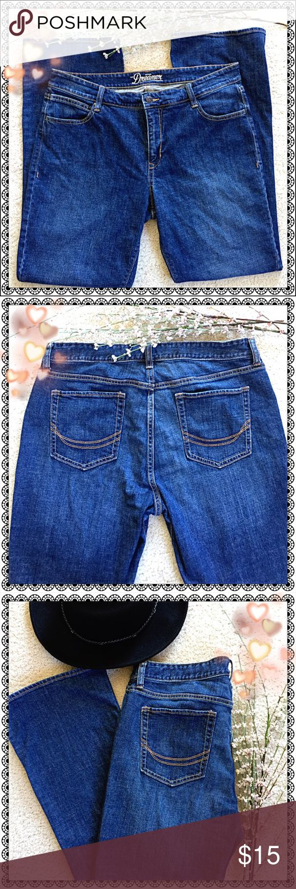 LIKE 🆕 DREAMER 😴 Old Navy⚓️ Jeans 👖 DREAMER 😴 Jeans 👖 in Fabulous LIKE NEW Condition! 😍 Old Navy Jeans