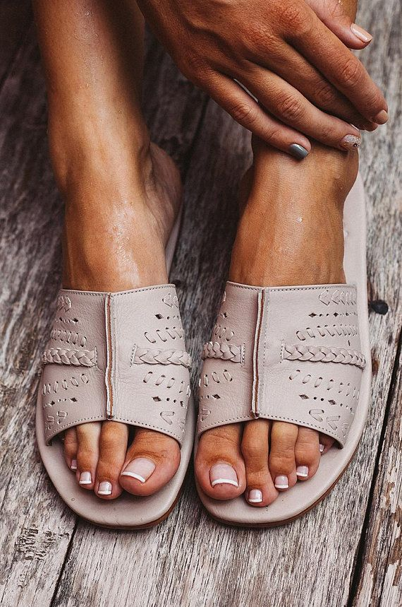 638a8f1f4 DOLCE VITA. Leather slides / women shoes / leather sandals ...