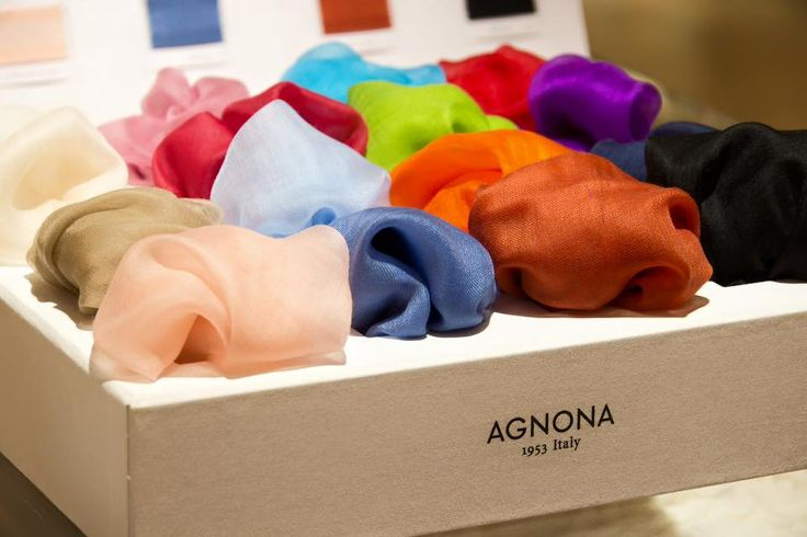 #Christmas is around the corner, have you done all your Christmas shopping yet? #Agnona  #cashmereclouds are a perfect gift!!