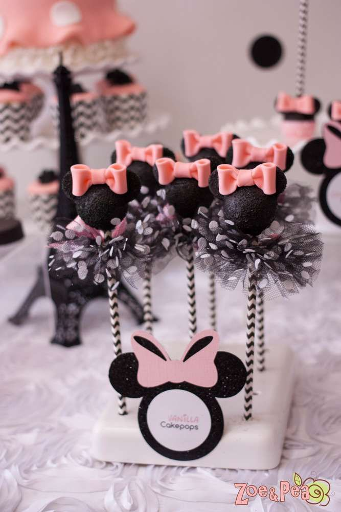 Minnie Mouse Cake Pops with a tutu, does it get any cuter than this? What Disney fan wouldn't love to snack on one of these?