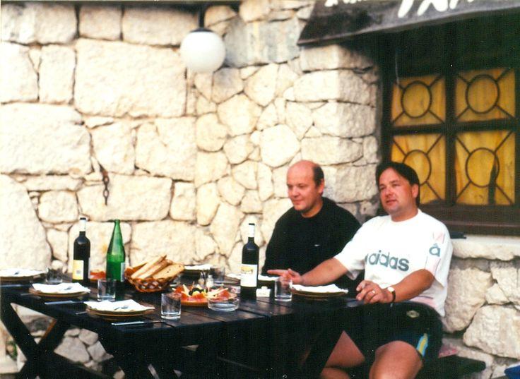 Biokovo, konoba Topiči. Moje stránky: jhrdy.webgarden.cz. Informace, aktuality, fotky, videa, rady, tipy... #JiříHrdý #Croatia #Kroatien #Chorvatsko #Adria #Jadran #cestování #bungalovyUranija http://jhrdy.webgarden.cz/rubriky/chorvatsko-2014/nase-plaz-baska-voda-2014