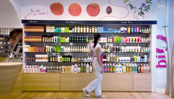 Pharmacy Design | Retail Design | Store Design | Pharmacy Shelving | Pharmacy Furniture | Mademoiselle Bio, distributors of organic cosmetics, by Agence Halley des Fontaines