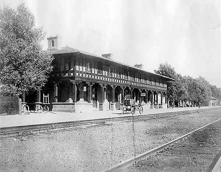 Havasue Fred Harvey House in Seligman, Arizona