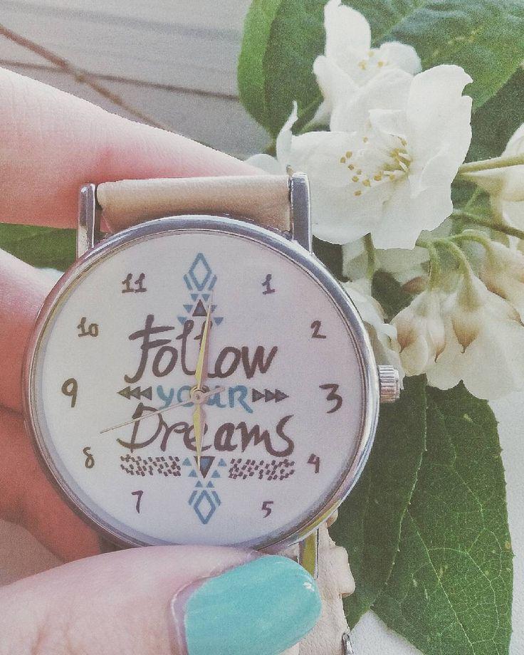 Follow your dreams. Следуй за своей мечтой. Будь сильным, не сдавайся, верь в себя и делай все, чтобы добиться своей цели! Не опускай руки, надейся и верь, и тогда все твои мечты станут реальностью! Делай все, чтобы дойти до своей цели, усердно трудись и старайся! Тогда все обязательно сбудется)  #DreamsComeTrue #FollowYourDreams #jasmine #watches #МечтыСбываютя #ВерьВСебя #СледуйЗаМечтой #Жасмин #лето #лето2017 #летоkp http://misstagram.com/ipost/1546645262889738891/?code=BV2yawQFWKL