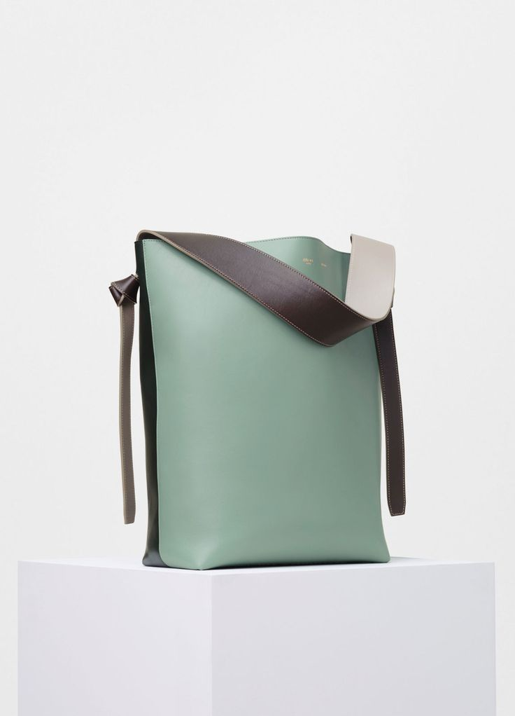 Small Twisted Cabas in Shiny Smooth Calfskin - Céline