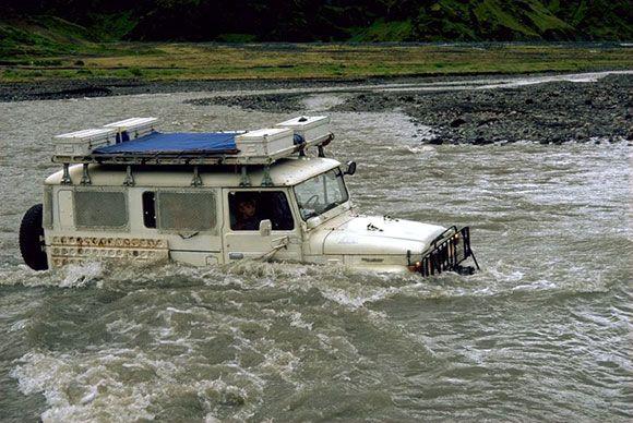 Best Fj 45 Wagon Fording River Toyota Land Cruiser Land 640 x 480