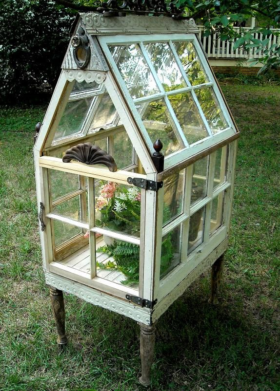 such a charming little outdoor greenhouse!  *The Brambleberry Cottage*: Outdoor Whites