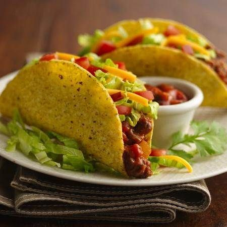 Easy Beef Tacos ingredients 1 pound lean (at least 80%) ground beef 1 cup Old El Paso™ Thick 'n Chunky salsa 10 Old El Paso™ taco shells 1/2 head lettuce, shredded 1 medium tomato, chopped (3/4 cup) 1 cup shredded Cheddar cheese (4 ounces)