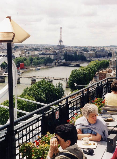 Lunch on the rooftop of La Samaritaine, Paris