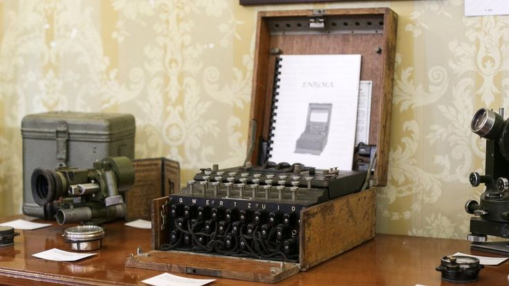 Enigma I: '€100 typewriter' found to be German code machine https://tmbw.news/enigma-i-100-typewriter-found-to-be-german-code-machine  A €100 typewriter has sold for €45,000 (£40,000; $51,500) at auction - after it was discovered it was actually a German Wehrmacht Enigma I.The World War Two cipher machine was bought at a flea market by a cryptography professor, who apparently recognised its true worth.It was sold to an online bidder in Bucharest, Romania, on Tuesday.Enigma machines were used…