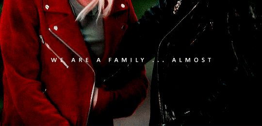 Colin O'Donoghue - Killian Jones -Captain Hook - Jennifer Morrison - Emma Swan - Captain Swan - Once Upon A Time 7x2
