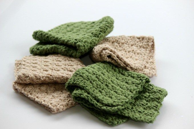 Easy Textured Cotton Wash Cloth - Free Crochet Pattern | Olives-n-Okra