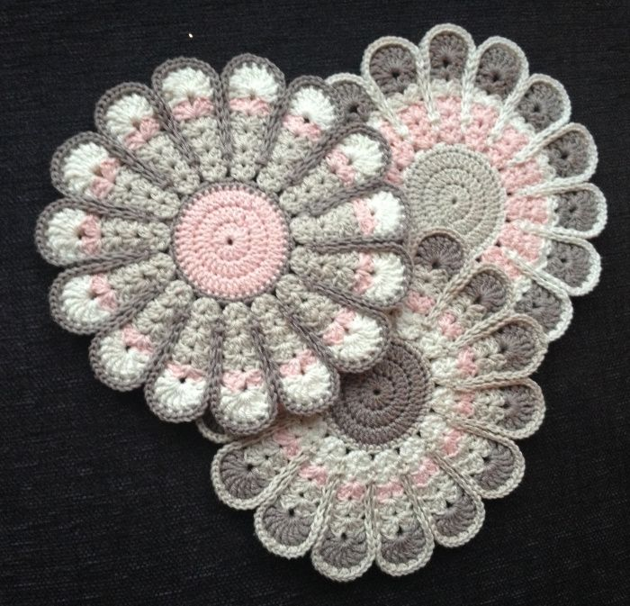 Crochet vintage flower potholders