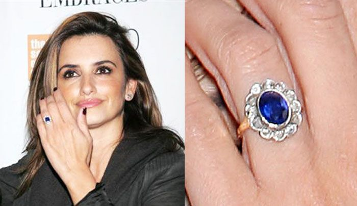 Penelope Cruz and her engagement ring