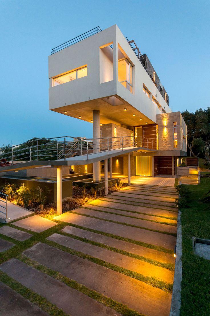 Wanka House by Galera Estudio