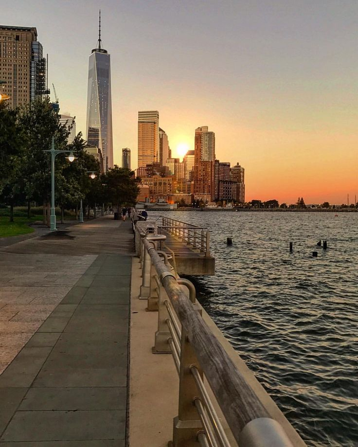 crack of dawn and the west side Pier 26 Hudson River Park by @scottlipps #newyorkcityfeelings #nyc #newyork