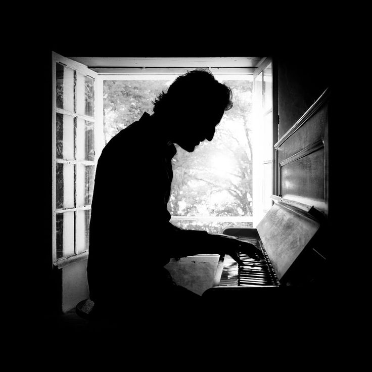Pianist by Benoit COURTI on 500px