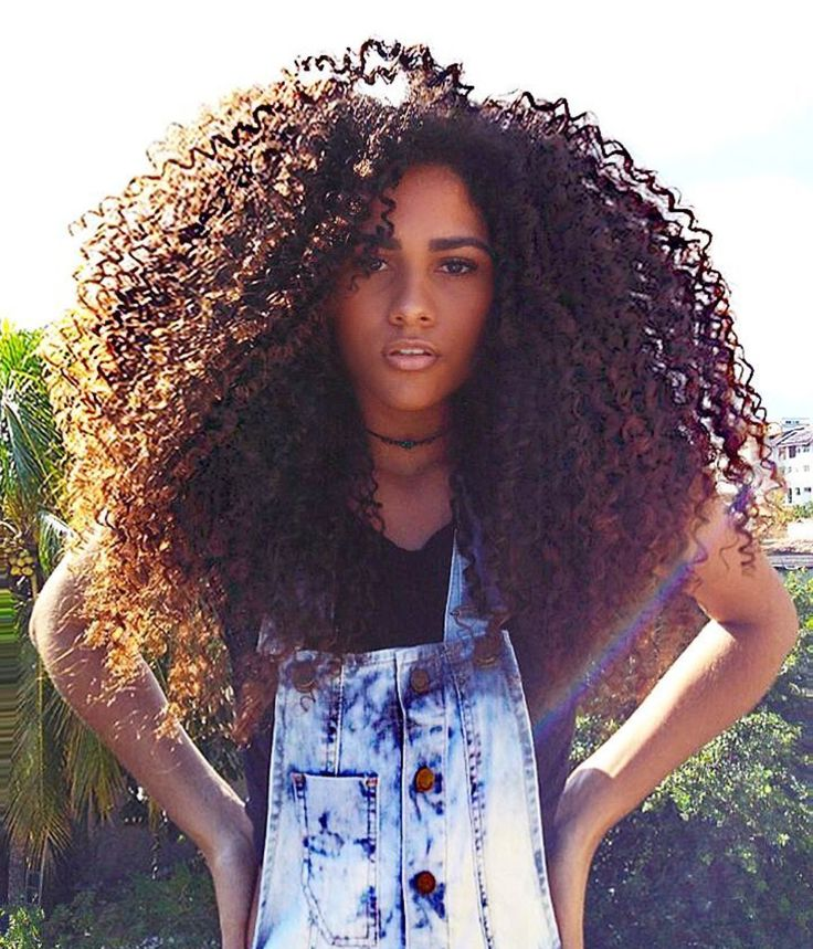 Malaysian Curly Hair 4 Bundles with 1pcs Lace Closure, Multi-Size Options