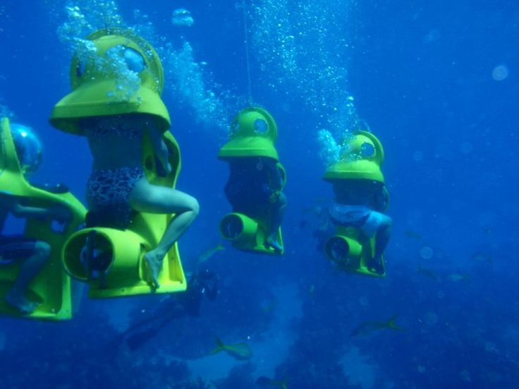 SUB - Underwater scooter riding in the Bahamas... Wish I could do this and not freak out