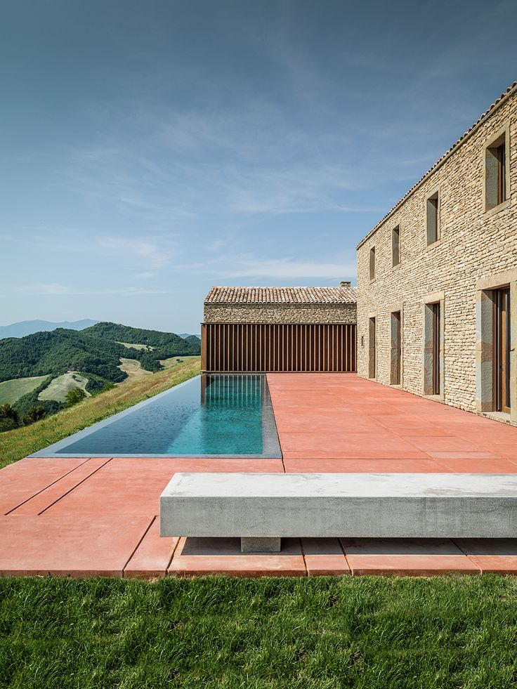 Contemporary Pool Design by GGA Architetti