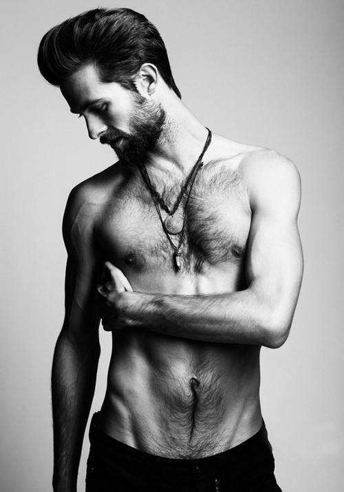 Bearded men are hot :)