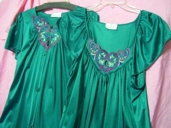 Size M Medium Hospital Vanity Fair Aqua Green Housecoat Lounging Waltz Short Robe