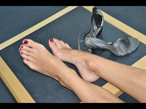 The most beautiful Feet in the World ! This is Unique ...