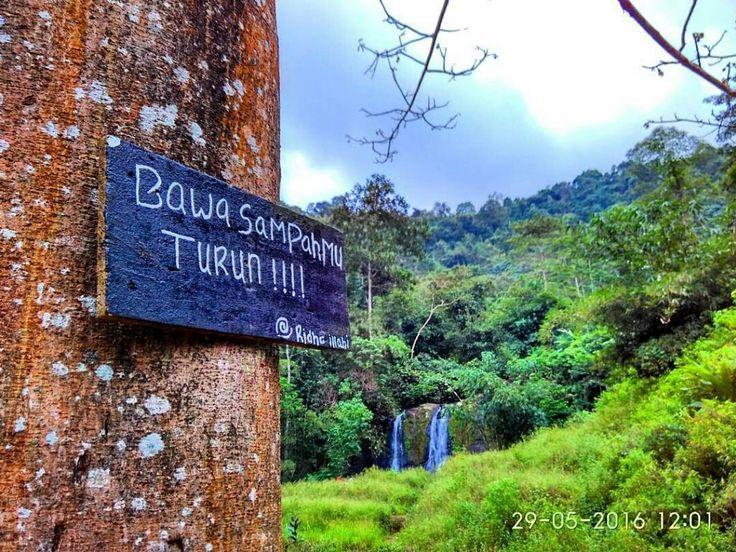 Sumenep sekarang semakin eksotis ya!  @ridhoachmad2 - Dimanapun kamu berada jangan lupa untuk selalu menjaga kebersihan dan jangan merusak alam.  #bawasampahmuturun #mbolangjepara #airterjunsumenep #visitjepara #exploresetro #pesonabatealit