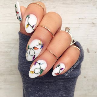 It's lit! | 19 Gorgeous Nail Art Designs That Will Make You Feel Christmassy
