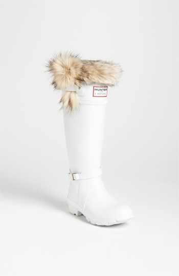 White HUNTER Boots! So CHIC. I need these! #hunter #boots #white
