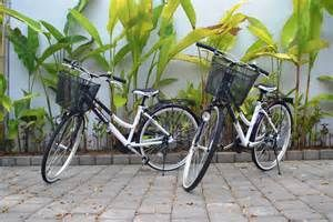 A great/cost effective way to explore can be to hire a bicycle. Bicycles are available to rent at many outlets along major streets in Sanur, typical costs are 15,000 idr per day or the cheapest option is weekly rental @ 60-70,000. Many places also supply child attached seats should they be required. Check the general condition (particularly tyres) of the bike upon rental. Bike travel is acceptable on all roads (even highways) throughout Bali.