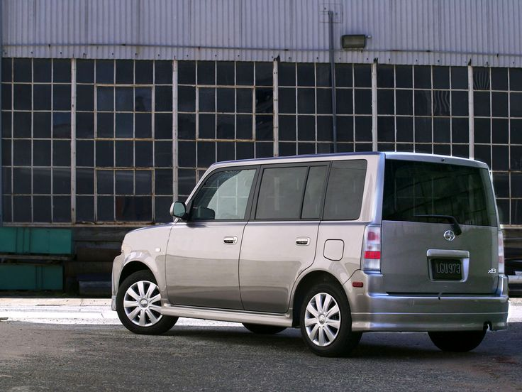 Attrayant Scion XB 2004