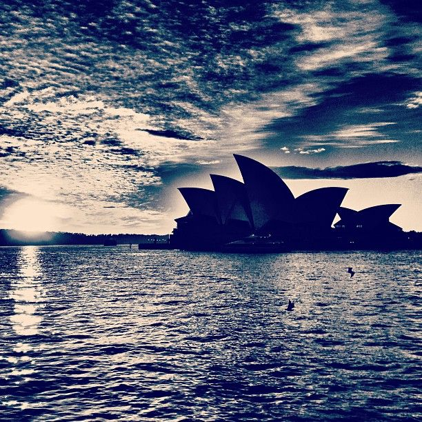 One of the most iconic images of Australia - Hope to visit there summer 2015