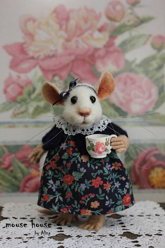 Mouse with a Cup Felt Gift Idea Dollhouse Art Doll Mouse Home Decoration Needle Felted Animal Cloth Doll Eco Toy OOAK Waldorf Doll Cute Felt
