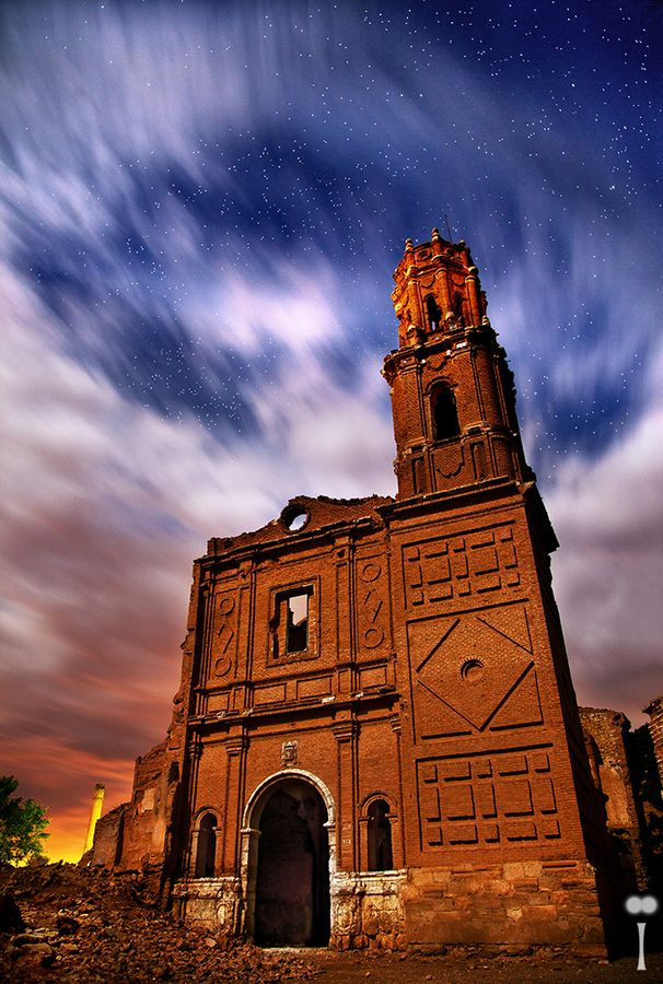 Belchite Forever|An night urbex shot of Belchite, a Spanish village abandoned and destroyed during the Civil War in 1937.