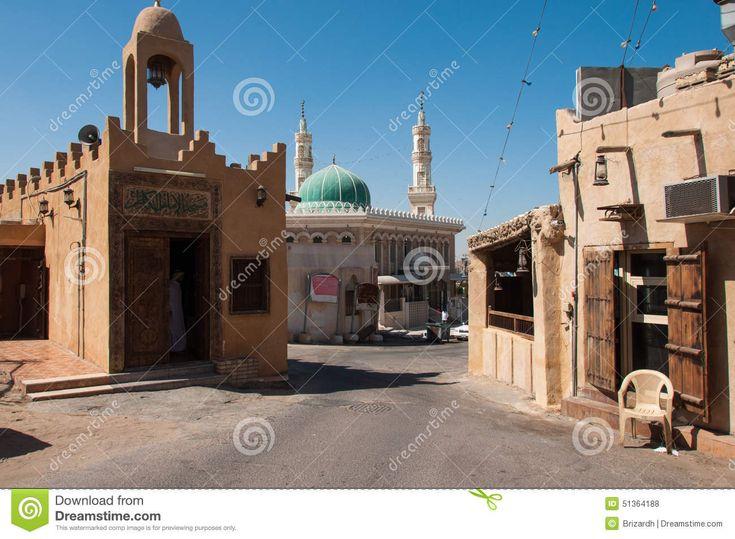 thumbs.dreamstime.com z quiet-streets-tarout-island-saudi-arabia-51364188.jpg