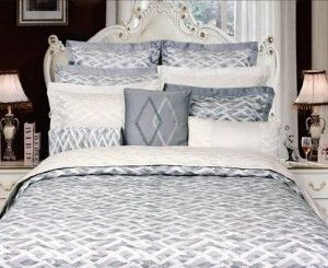 "Califonia King/Oversize Size Ivory Color Duvet Cover 110X100''-""Vienna"" Jacquared Collection"