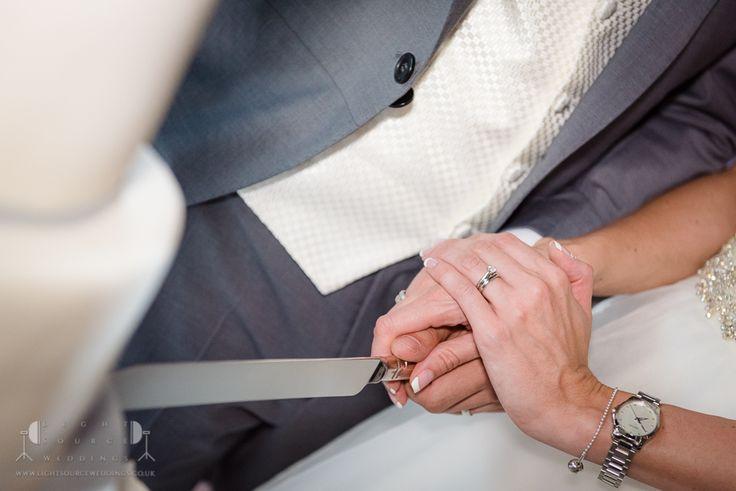 Essex Wedding Photographer Ye Olde Plough House by Light Source Weddings #weddings #photography #venue #essex #weddingphotography #yeoldeploughhouse #lightsourceweddings