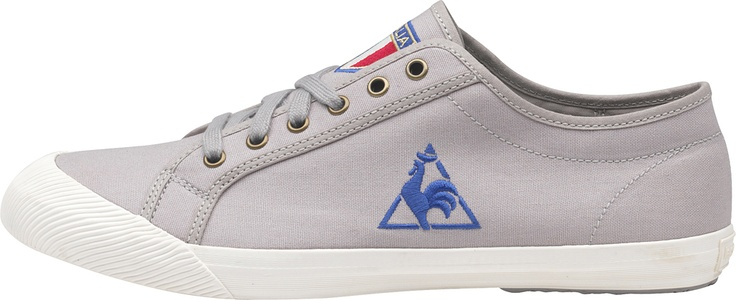 Scarpa uomo in edizione speciale per gli europei di calcio, con scudetto dell'Italia ricamato sulla linguetta e logo Le Coq Sportif sul lato. Tomaia in canvas e scarpa in gomma vulcanizzata. Exclusive edition.    Prezzo: 52.00€    SHOP ONLINE: http://www.athletesworld.it/le-coq-sportif-deauville-le-coq-sportif-8892154