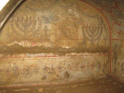 """Le catacombe ebraiche di Roma - Un tesoro invisibile.  Il Blog di Fabrizio Falconi: """"Le catacombe ebraiche di Roma"""" di Fabio Isman."""