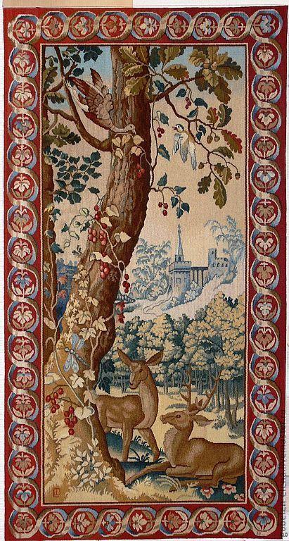 Гобелен выполнен по мотивам фламандской шпалеры 17 века из Вавельского Замка в Кракове. Плотность ткачества 5 нитей основы на см.