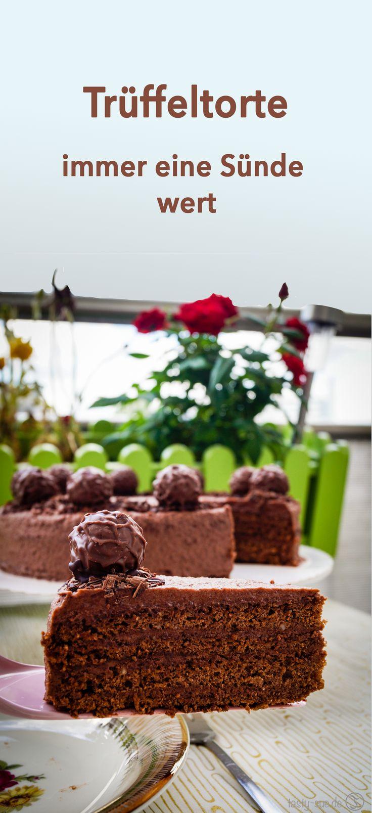 Trüffeltorte - lockerer nussiger Teig, gefüllt mit einer schokoladigen Trüffelcreme