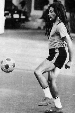 bobby playin futbol